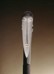 Escultura en forma de cariátide