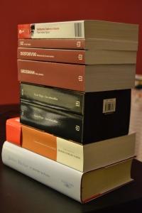 Alguno de los 10 libros que conforman mi reto lector de 2013