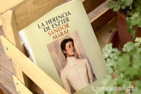 La-herencia-de-Eszter